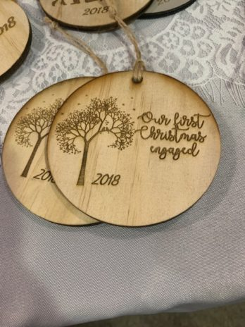 Christmas Ornament: lovebirds in a tree