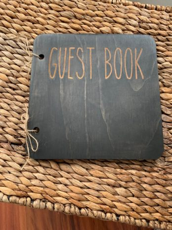 Simple Guest Book